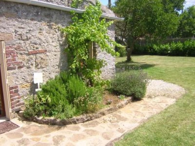 Sivry: Maison de caractère, holiday rental in Marmagne