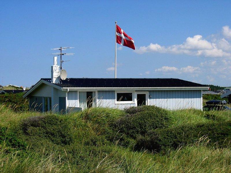 100 meters from the beach in Løkken, casa vacanza a Lokken