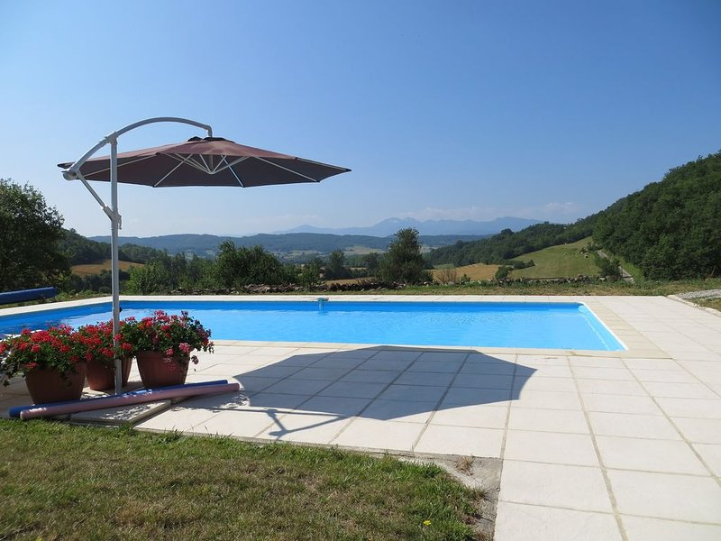Quality Barn Conversion With Pool, Near Mirepoix In Ariege – semesterbostad i Ariege