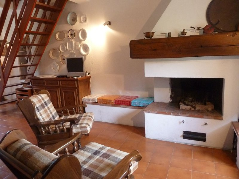 Casa di campagna a Levanto - Loc. Chiesanuova, a pochi Km. dalle 5 Terre, vakantiewoning in Legnaro