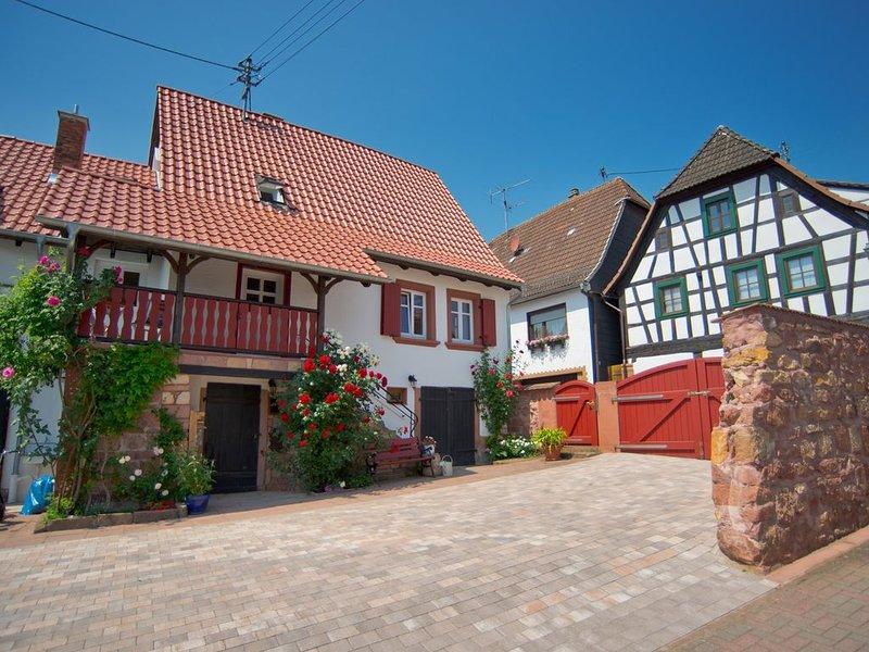 Landhaus5Weisen renoviertes Bauernhaus aus dem Jahr 1850  Wohnung 2, casa vacanza a Woerth am Rhein