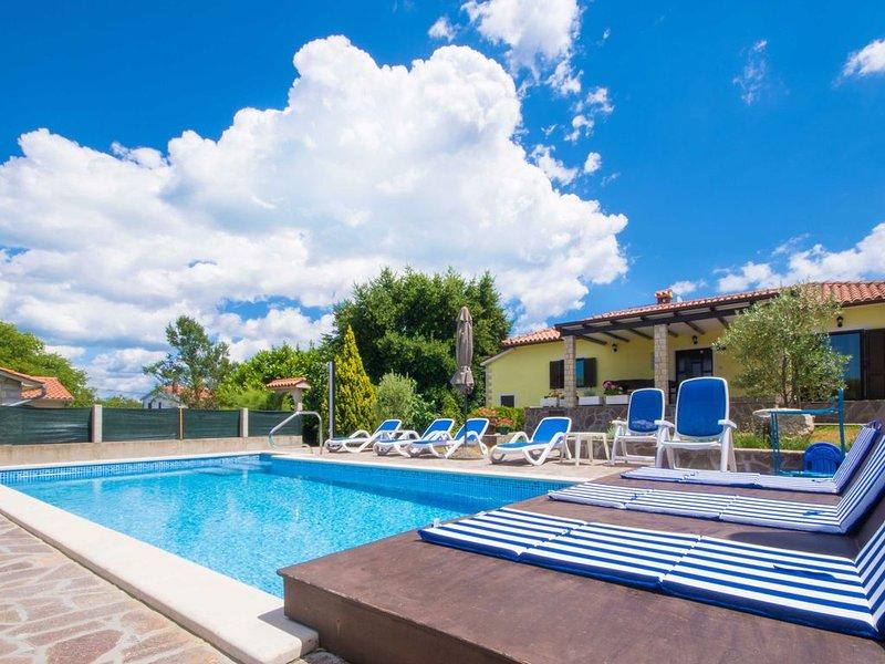 Une piscine privée exclusivement pour votre usage