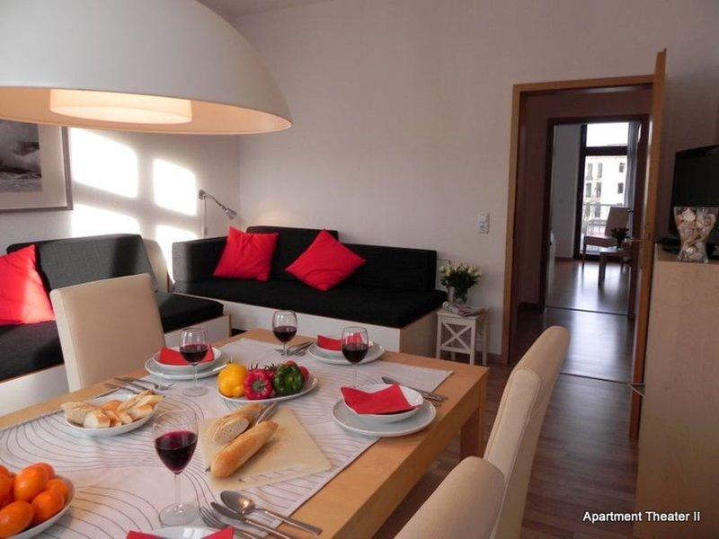 3-Zimmer-Apartment 'Theater II', optimal gelegenes Apartment im Gründerzeithaus, holiday rental in Leipzig