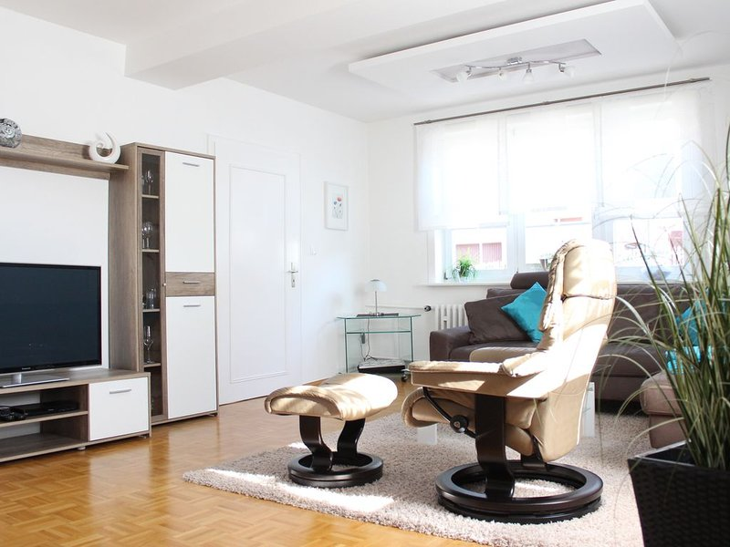 Komfortabeles modern  renoviertes Fachwerkhaus-familienfreundlich, holiday rental in Vohl