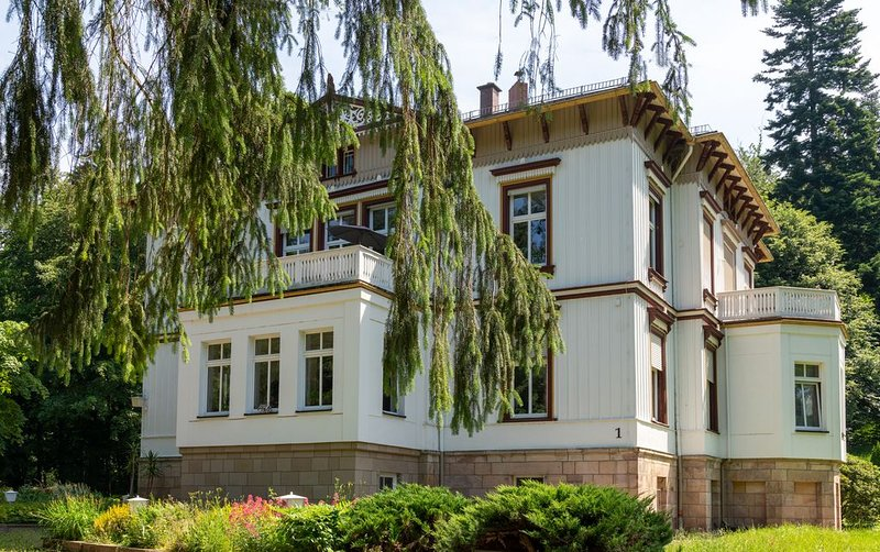 Living right on the edge of Tabarz in the Villa Spindler, casa vacanza a Hoerselberg-Hainich