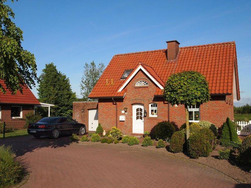 Ferienhaus in Großefehn -Timmel. Direkt am Timmeler- Meer inkl.Boot Garage WLAN, holiday rental in Detern