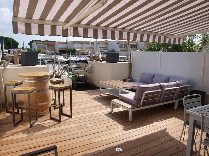 Superbe Marina 6 pers. de 73m² à Port Camargue - Terrasses et appontement, alquiler vacacional en Le Grau-du-Roi