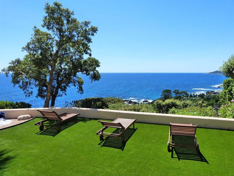 Villa  climatisée  manifique   vue mer panoramique, aluguéis de temporada em Sari-Solenzara