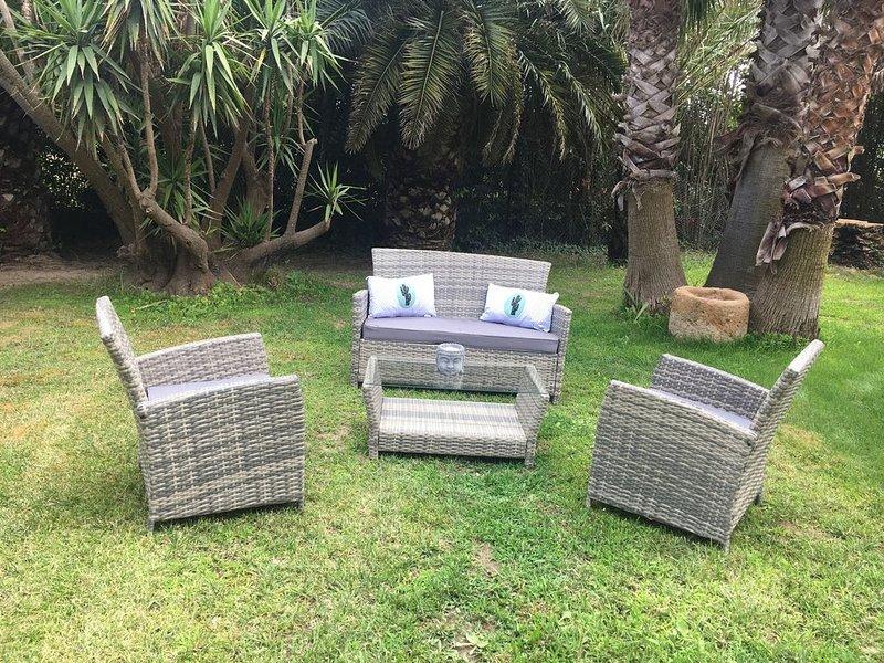 Piscine Chauffée Villa de Charme de 2/6 p Clim WIFI Jardin, holiday rental in Ortaffa