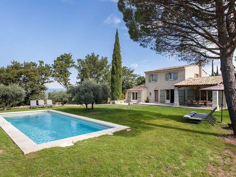 Propriété de charme au coeur d'un site exceptionnel avec une vue époustouflante, holiday rental in Bonnieux en Provence