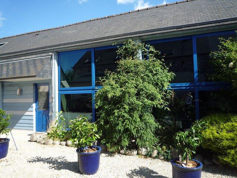 Gîte de caractère bord de Rance proche ST Malo, Dinan, Dinard, holiday rental in La Vicomte-sur-Rance