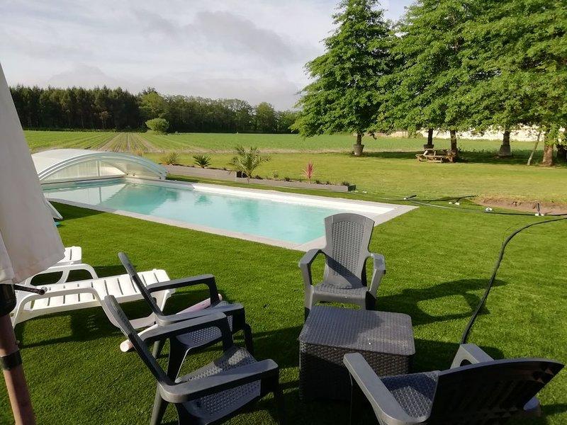 maison de campagne avec piscine au calme proche de la mer, holiday rental in Soustons
