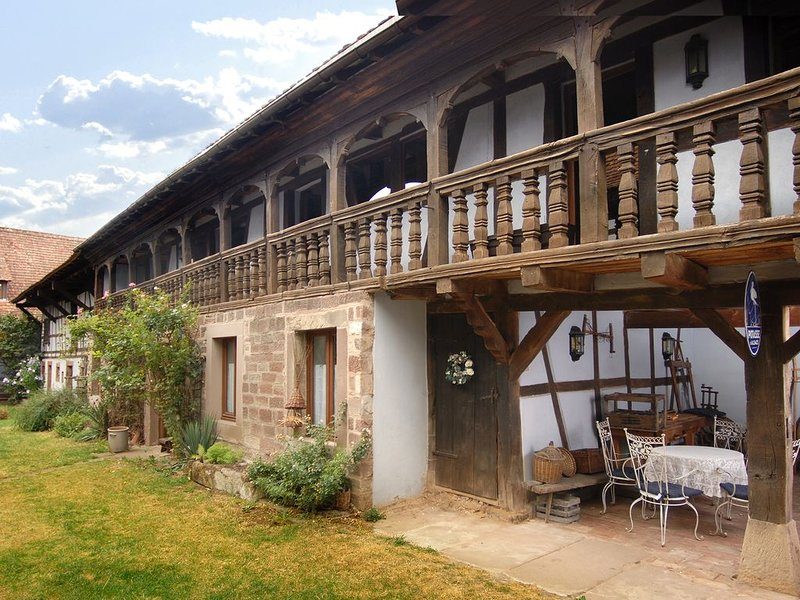 S'chwabels, un gîte dans l'esprit des traditions alsaciennes, holiday rental in Ohlungen