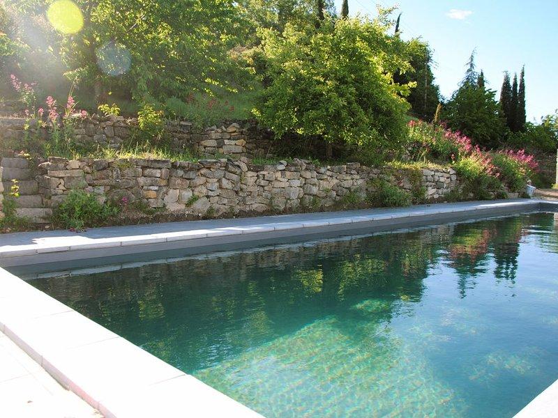 Balazuc Sud Ardèche La Calade  dans Maison de caractère, holiday rental in Lanas