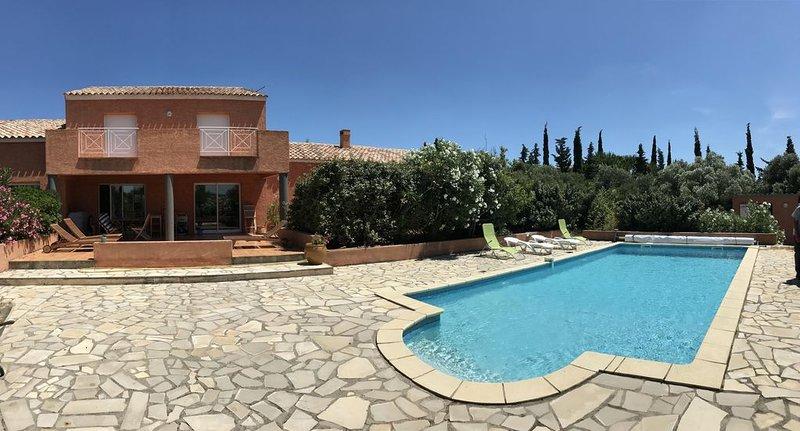 GITE T4 85m²  A LA PALME AVEC SUPERBE PISCINE., holiday rental in Treilles