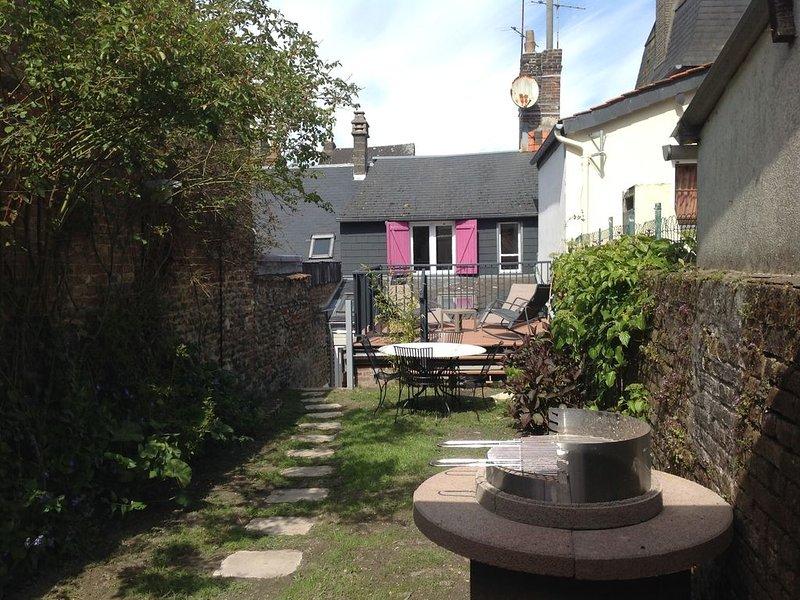 Maison de pécheur avec jardin et terrasse plein sud., vacation rental in Somme
