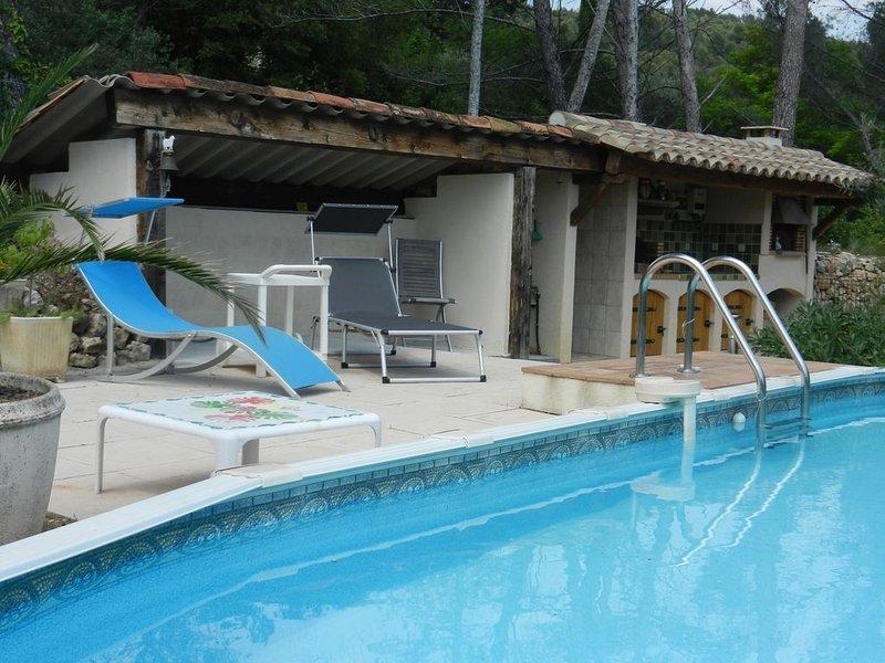 ENTRE MER ET MONTAGNE CHARMANT  REZ DE VILLA  -, holiday rental in Figanieres