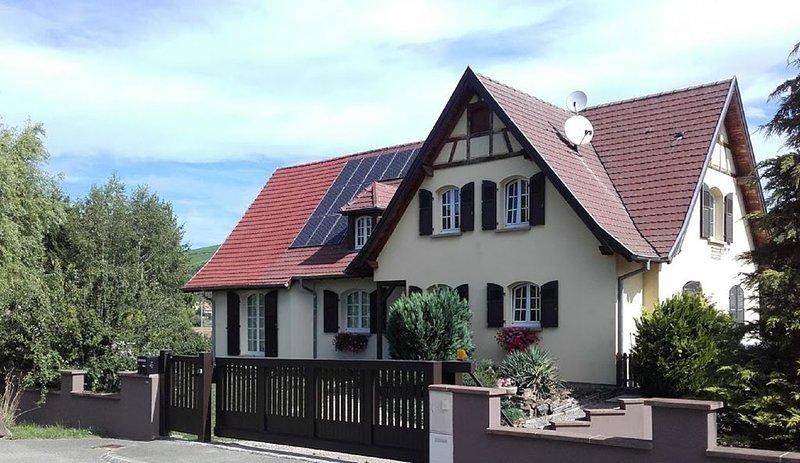 Gîte 'Au coeur du vignoble' (Meublé de tourisme classé  3 étoiles), casa vacanza a Guebwiller