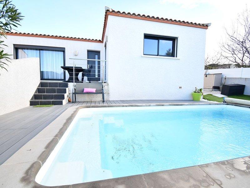 Jolie maison proche des plages avec piscine privée, location de vacances à Lespignan