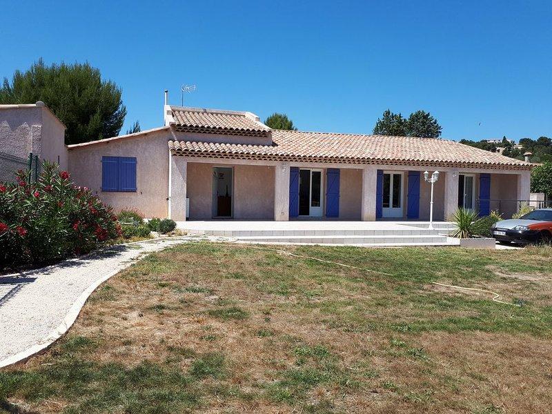 En Provence, entre Istres et Martigues,  confort à 20 minutes de la mer, holiday rental in Berre l'Etang