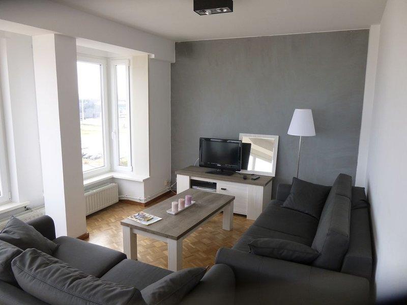 MAGNIFIQUE APPARTEMENT VUE SUR MER, holiday rental in Ostend