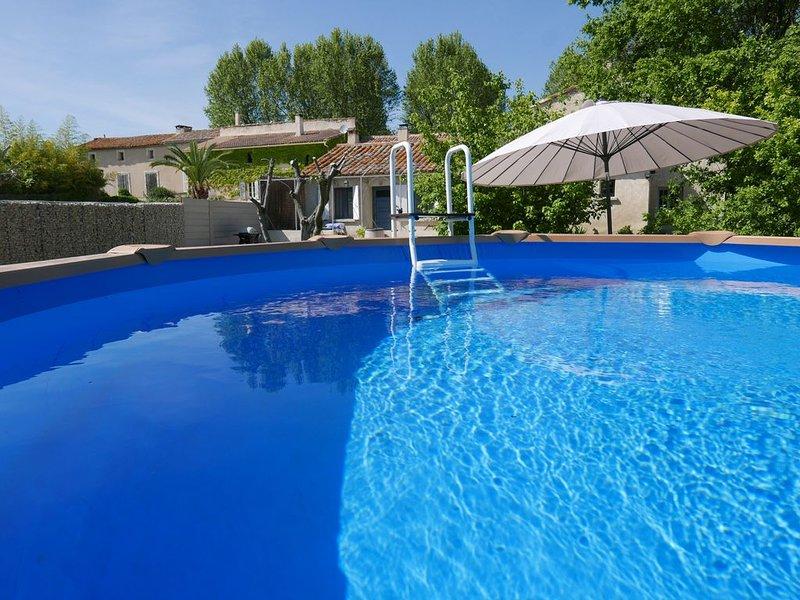 Gîte Lou Recati - au calme - Piscine, SPA, et jardin privatifs  -Climatisé, casa vacanza a Pernes-les-Fontaines