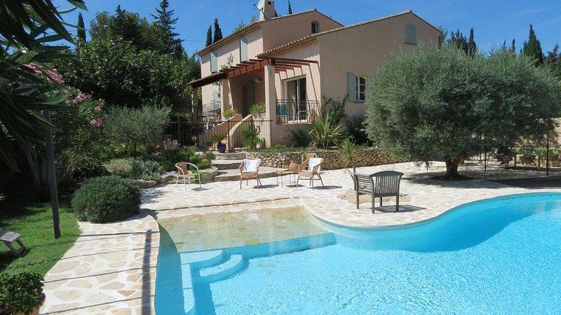 Maison provençale avec piscine, vacation rental in Le Castellet