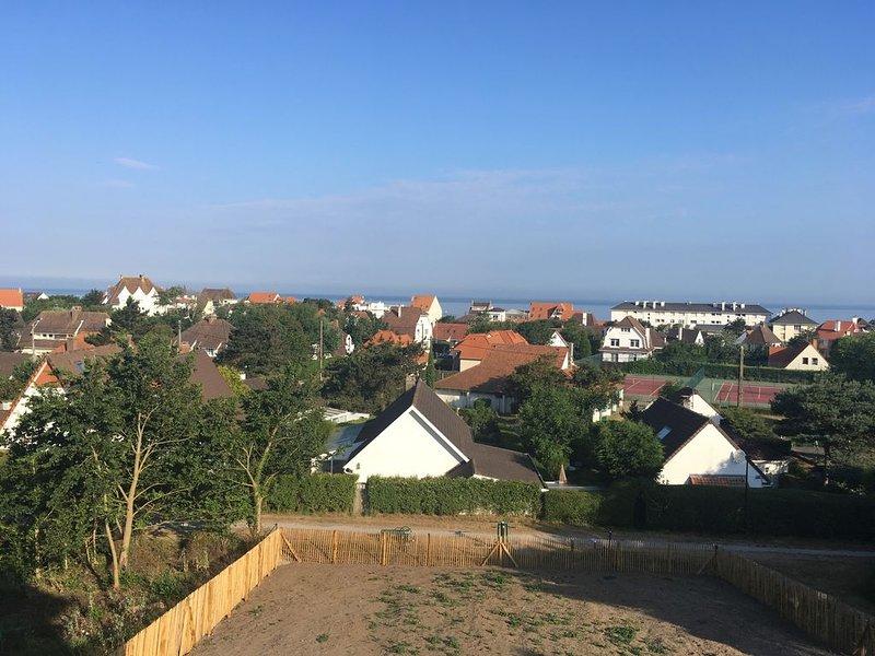 Appartement  étage 4 pers vue mer à Wissant dans une villa individuelle, holiday rental in Audinghen