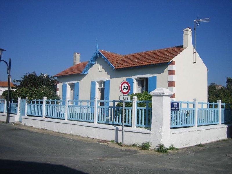 Magnifique maison oléronaise classée ***, holiday rental in Ile d'Oleron