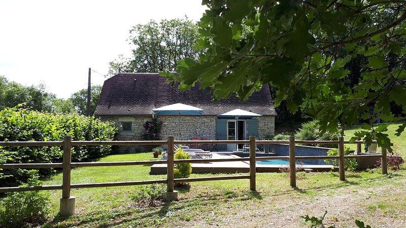 Maison climatisée  au calme sur le causse du Quercy, location de vacances à Montfaucon