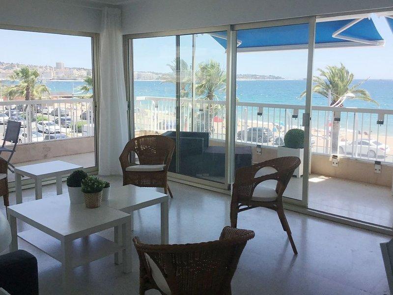 Très bel appartement au bord de la plage (6pers), location de vacances à Fréjus-Plage