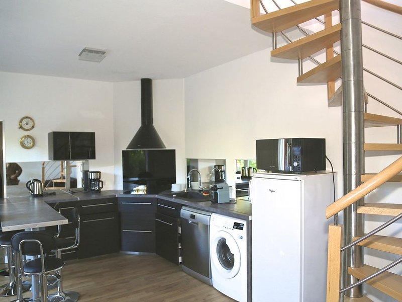 villa duplex 50 M2    NEUVE une chambre 5 couchages 200M PLAGES, location de vacances à Cap-Ferret