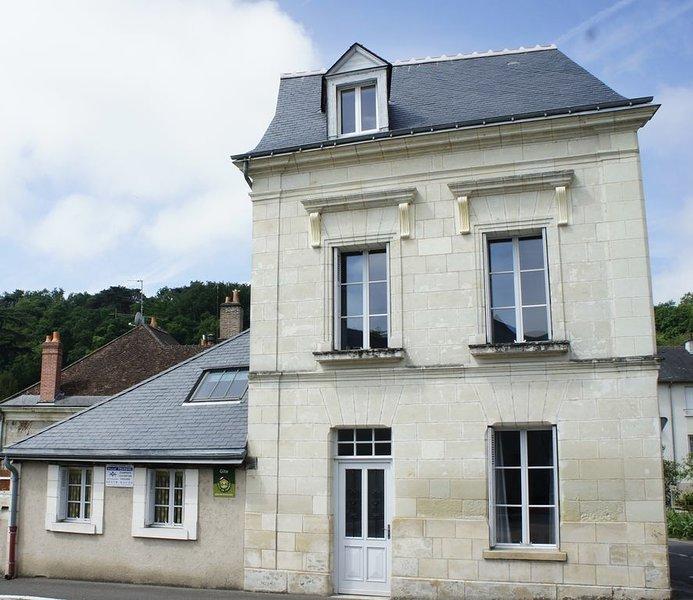Maison restaurée au coeur des châteaux de la loire aux portes d'Amboise, location de vacances à Pocé-sur-Cisse