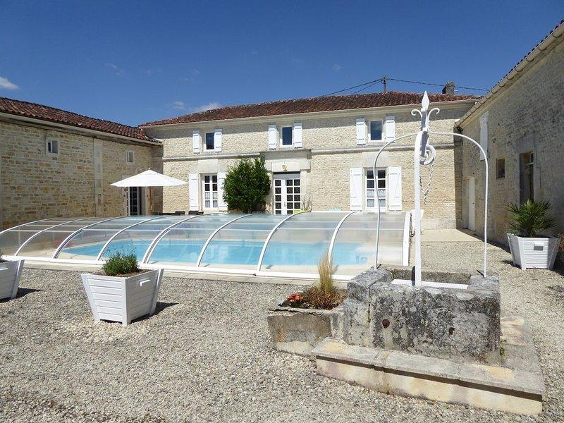 Maison indépendante entre Angoulême et Cognac, vacation rental in Vaux-Rouillac