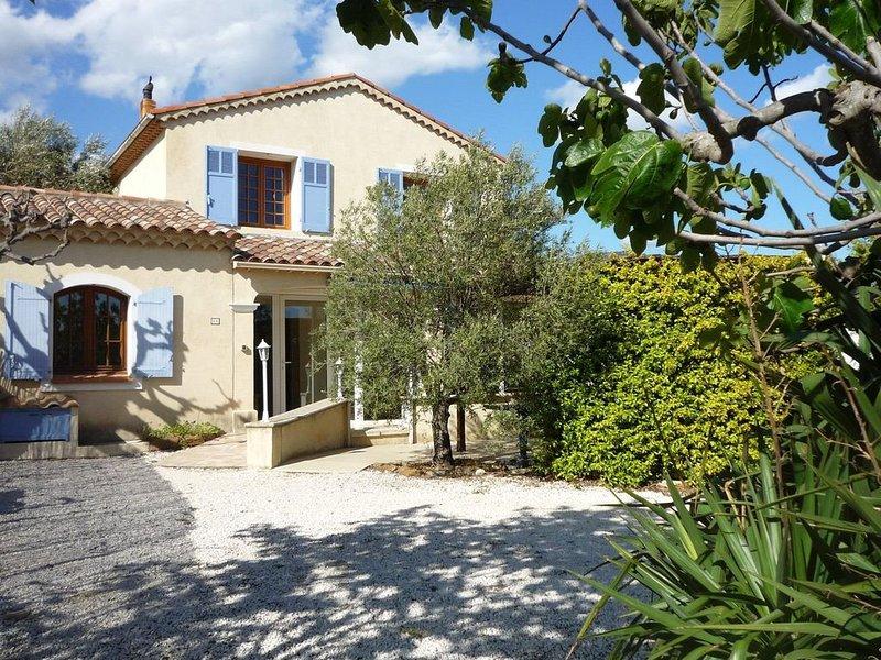 villa de charme proche mer avec jardin paysagé – semesterbostad i Bormes-Les-Mimosas