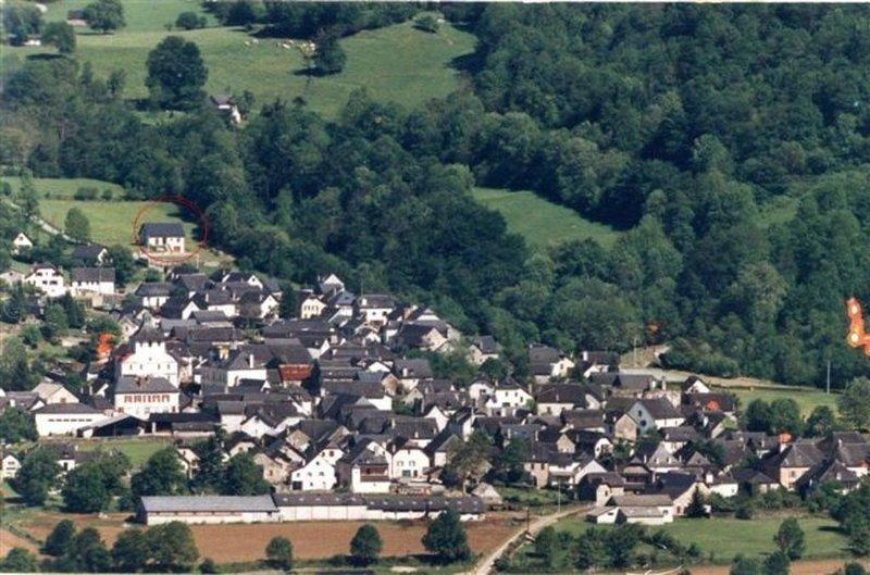 situation de la maison dans le village