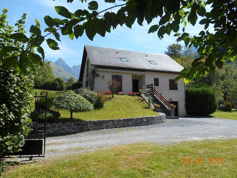 Gite avec vue exceptionnelle classé 3 étoiles catégorie meublés de tourisme, location de vacances à Bearn-Basque Country