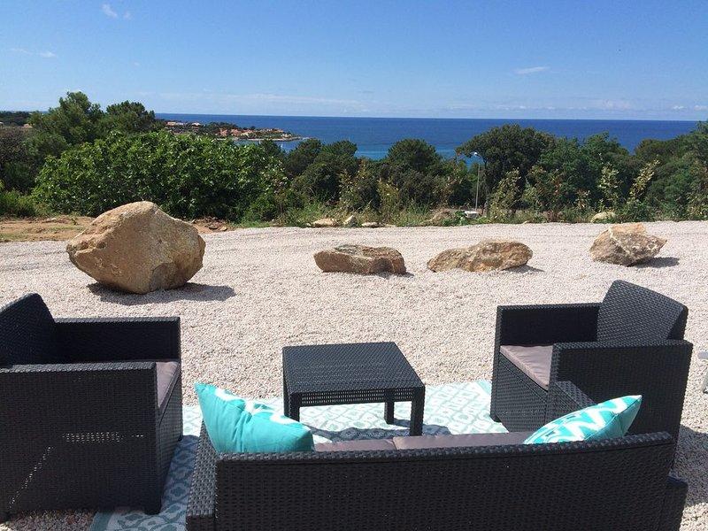 T2 Rénové climatisé vue mer imprenable Sant'Ambroggio,4 pers., vakantiewoning in Calvi