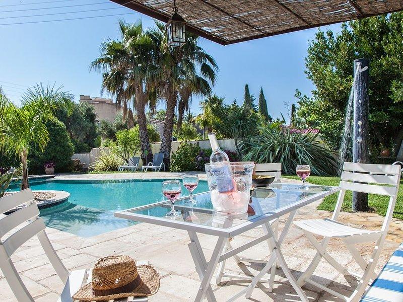 Villa de charme - 3 étoiles- sur Bormes dans propriété avec piscine, alquiler de vacaciones en Bormes-Les-Mimosas