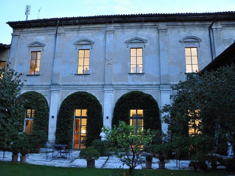 appartement ' Bruna' dans un ancien monastère, holiday rental in Corte de' Cortesi con Cignone