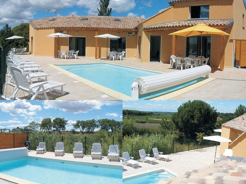 Villa avec piscine chauffée au calme - pour 21 personnes - 5 chambres, location de vacances à Neffiès