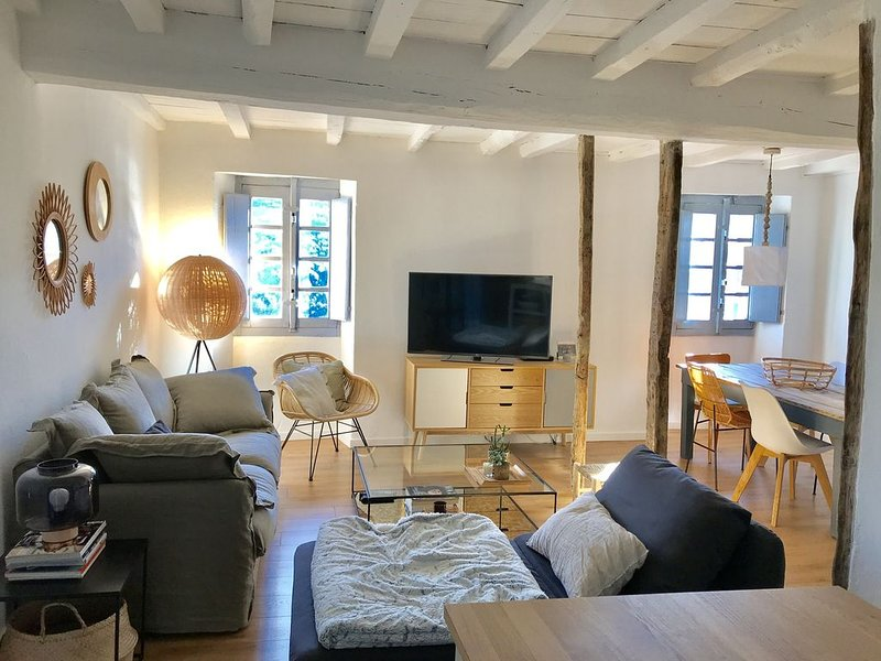 Maison pierres 90m2 vue lac, holiday rental in Cuttoli-Corticchiato