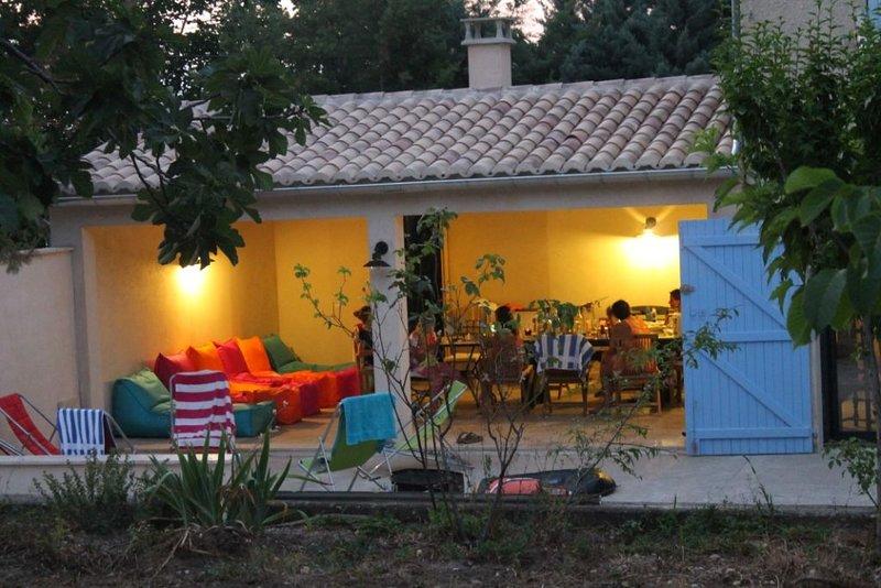 Très Belle Maison 200m2 - piscine et jardin privé -  Vaison La Romaine, holiday rental in Villedieu