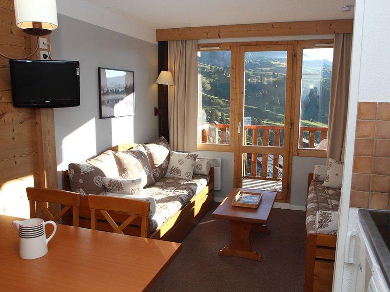 Belle Plagne, Le Blanchet, Résidence Callisto, skis aux pieds, vue panoramique, holiday rental in Belle Plagne
