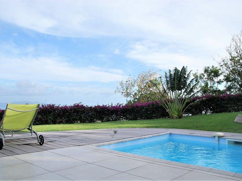 Villa Tonka Vue exceptionnelle mer et montagne, holiday rental in Arrondissement of Saint-Pierre