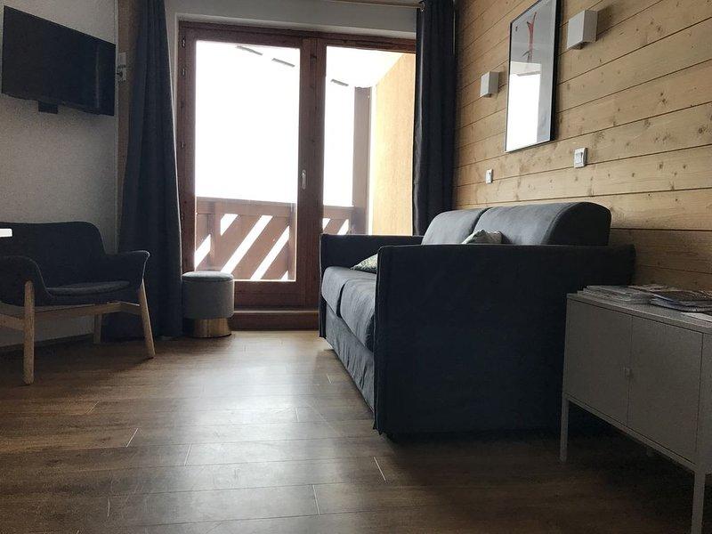 VAL THORENS - Appartement refait neuf, au pied des pistes+ parking, holiday rental in Saint-Martin-de-Belleville