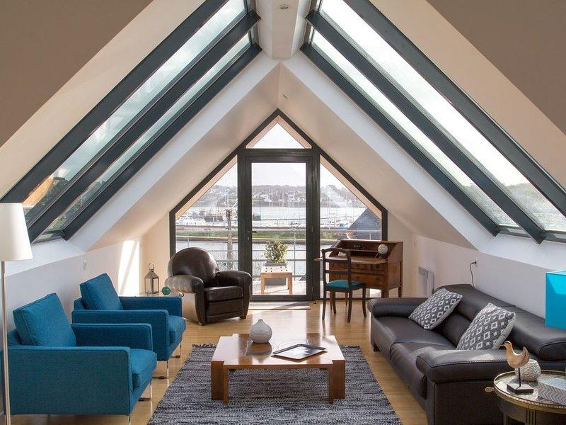 Appartement classé 4* 110 m2, PERROS-GUIREC vue mer, très lumineux, exposé sud, location de vacances à Perros-Guirec