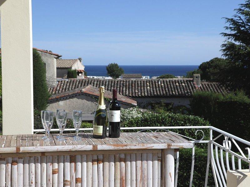 Maison individuelle avec piscine sur les hauteurs de Cagnes sur mer., alquiler de vacaciones en Cagnes-sur-Mer