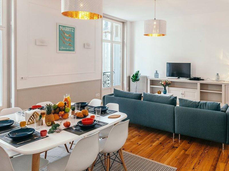 Très bel appartement, hyper-centre de Biarritz. 116m2, 3 chambres, 7 couchages, alquiler vacacional en Biarritz