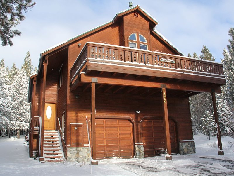 Sunny Chalet with Wifi - Perfect Family Getaway, vacation rental in Truckee
